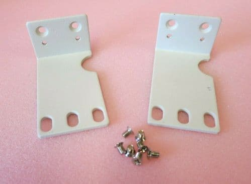 Pair Of Left And Right 1U Rack Mounting Ears White With Screws